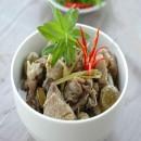 Công thức nấu vịt om sấu thơm ngon cho bữa cơm ngày hè