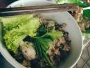 Mì khô thập cẩm cho bữa trưa ở Sài Gòn