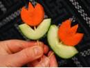 Làm hoa tulip nhỏ xinh từ cà rốt
