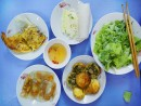 Đi ăn quà vặt Đà Nẵng ở phố Hàng Đậu