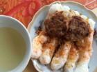 Đến Sầm Sơn ăn bánh cuốn nóng thịt tôm