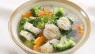 Canh bông cải nấu bóng