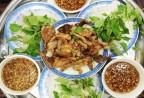 Những quán ăn hơn 25 năm tuổi ở Hà Nội luôn đông khách