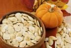 Nam giới ăn hạt bí đỏ giúp ngừa ung thư tuyết tiền liệt