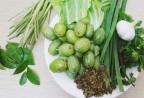 Tháng 3 lên Tây Bắc thưởng thức bắp cải cuộn nhót xanh