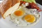 Những thực phẩm không nên kết hợp với trứng