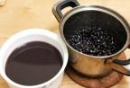 Ăn đỗ đen thải được mọi độc tố, cơ thể khoẻ mạnh hơn lại da sáng dáng xinh