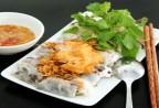 """Thưởng thức """"Bánh cuốn chả mực"""" - Món ăn gây thương nhớ hương vị Hạ Long"""