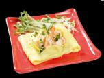 Omelet tôm và rau mầm