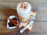Trà sữa chai latte sưởi ấm cơ thể ngày gió mùa
