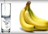 Lý do nên ăn chuối và uống nước ấm buổi sáng