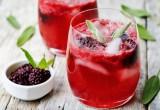 Những cách đơn giản để nước uống của bạn hấp dẫn hơn