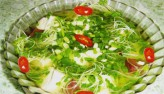 Canh mực rau mầm xanh