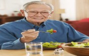 Thực đơn tuần đủ dinh dưỡng cho người cao tuổi