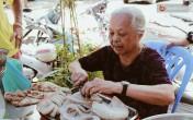 Hàng cháo lòng trong ngõ Hà Nội 30 năm vẫn đắt khách