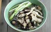 Món ăn bài thuốc chữa sinh lý yếu từ nấm hương