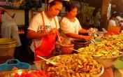 Khám phá lễ hội ăn chay rùng rợn ở Phuket