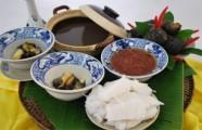 """Nét ẩm thực dân dã của người Hà Nội qua món """"bún ốc nguội"""""""