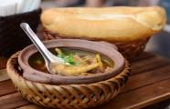 Điểm mặt những món bánh mì mới lạ hút khách ở Hà Nội