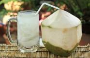 Lợi ích tuyệt vời của nước dừa tươi với trẻ nhỏ