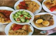 8 quán xôi bình dân hút khách ở Hà Nội