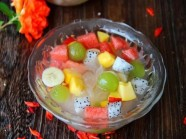 Chè trái cây mát lạnh đã ăn là mê mẩn
