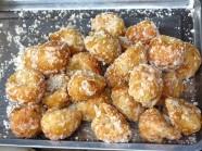 Tuyệt ngon bánh rán tẩm đường Sa Pa