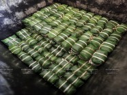 Ngày ngày giữ phong vị tết ở làng gói bánh chưng Tranh Khúc