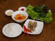 Đi ăn bún nem ở đường Nguyễn Văn Trỗi