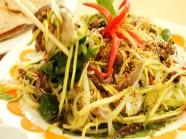 Thưởng thức lòng cá ngừ ở Phú Yên