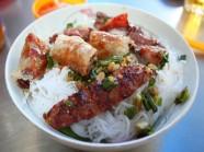 Thưởng thức những món ngon ở khu Tân Định