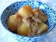 Khoai tây kho cá ngừ