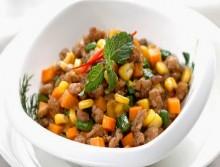 Thịt xay kho bắp đậu