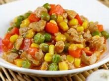 Bò băm nấu đậu