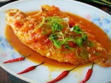 Cá điêu hồng sốt chua ngọt