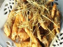 Chân gà rang muối