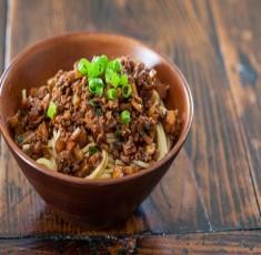 Mì xốt thịt kiểu Đài Loan
