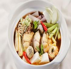 Lẩu cá ngát kim chi