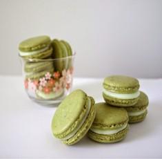Đem hương vị Pháp về nhà với bánh macaron trà xanh thanh mát