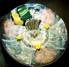 T0P 10 món ăn quái dị nhất thế giới thách thức thực khách