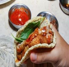 Bốn quán ăn đông khách do người nước ngoài bán ở Sài Gòn