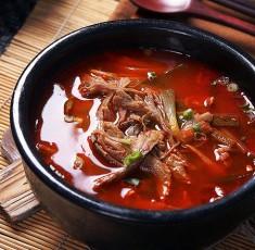 Học cách nấu canh kim chi thịt bò ngon đúng điệu cho ngày lạnh
