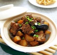 Cách làm sườn kho củ cải – Món ăn số 1 trong ngày mưa lành lạnh
