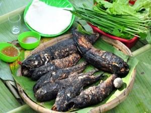 Về Nam Bộ thưởng thức cá lóc nướng trui