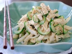 Salad gà vừa dễ làm vừa ngon