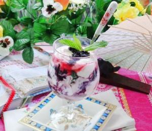Nếp Cẩm ( Ăn với sữa chua )
