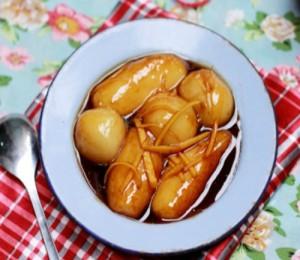 Về Vĩnh Phúc nhớ ăn bánh ngõa phủ đậu xanh và bánh trùng mật mía