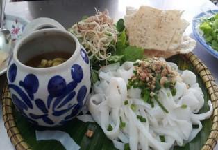 Đến Đà Nẵng ăn mì quảng ếch