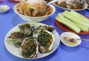 Đi ăn ốc xào ngon, rẻ ở phố Phạm Hùng