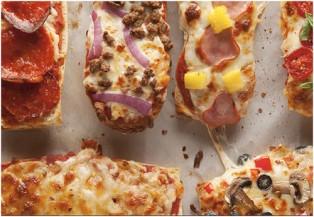 Thưởng thức món bánh mì pizza độc đáo